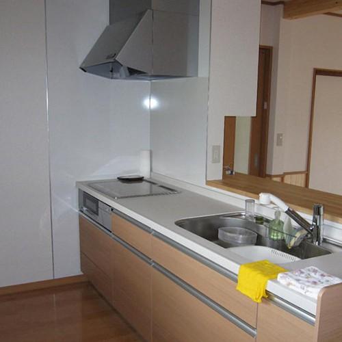 伊那市リフォームI-2邸 キッチン1