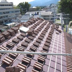 屋根の瓦葺きを行いました-伊那市荒井Ta様邸