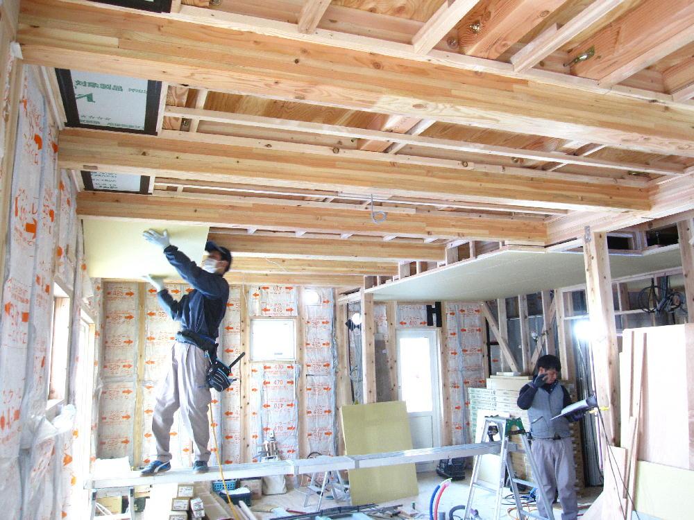 1階天井工事