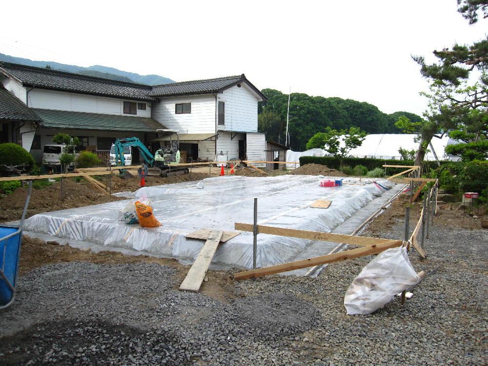 基礎工事-防湿施工